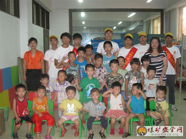 中国聋哑和日本_开启心灵之窗----记中国矿业大学暑期社会实践团深入聋哑儿童康复学校